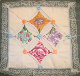 Cathedral_window_mini_quilt
