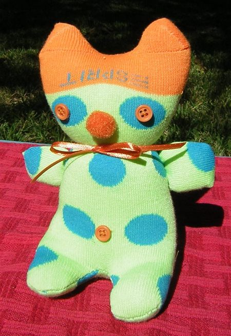 Lime and orange sock creature2