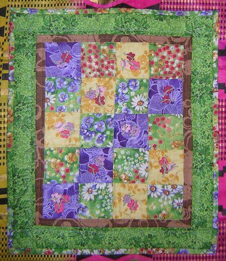 Flower mini quilt