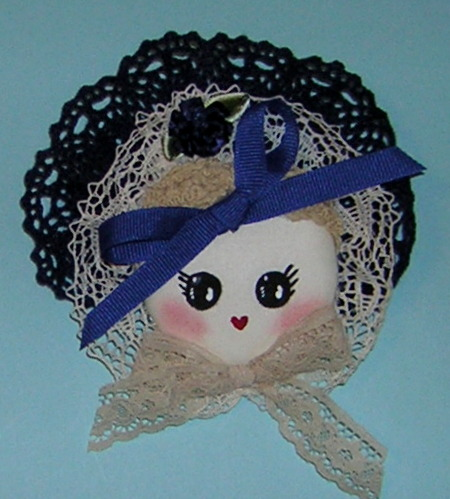Bunka_Doll_Head_Pin